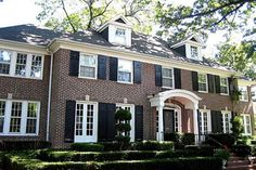 Another favorite movie house exterior - from Home Alone. I can't believe it's for sale.