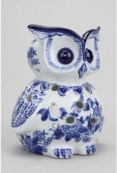 A darling ceramic owl. The blue and white is unique in my owl collecting years. Delft, Owl Kitchen, Ceramic Candle Holders, Votive Holder, Ceramic Owl, Ceramic Decor, Owl Always Love You, Beautiful Owl, Owl Crafts