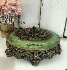 banuca Diy Storage Table, Shoe Storage Small, Mixed Media Boxes, Cube Furniture, Creative Box, Decoupage Box, Shabby Chic Crafts, Ceramic Flowers, Jewellery Storage