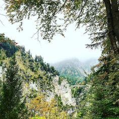 Даже боюсь представить  куда ведёт этот мостик   #этожизнь #осень #новаяжизнь #путешествие #октябрь #2016 #travel #october #traveling #reisen #followme #photoart #германия #альпы #germany #alpen