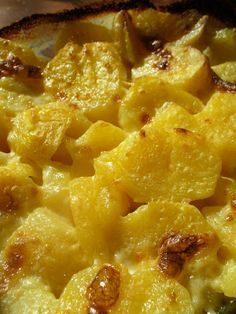 Luxus krumpliköret Pizza Snacks, Just Eat It, Hungarian Recipes, Potato Dishes, Food 52, Meat Recipes, Macaroni And Cheese, Side Dishes, Food And Drink