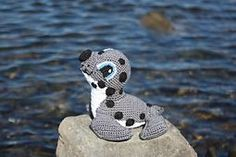 Ravelry: Ronan the Seal pattern by Marie Overton