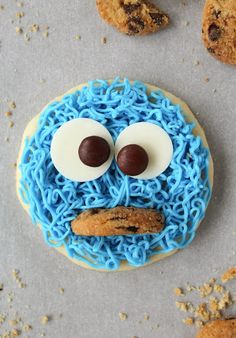These Cookie Monster Cookies are perfect for kid's birthday parties!