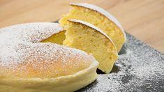 Sehr fluffiger Käsekuchen auf einem Schiefertablett   Bild: BR