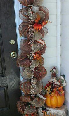 Easy Deco Mesh Door Garland. FrazzledSlacker.wordpress.com