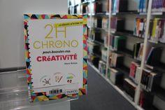 """30 jours / 30 livres : Jour 5 - Un livre qui vous rend heureux. C'est """"2h chrono pour booster ma créativité de Alexis Botaya qui donne le sourire à Hélène   #30daybookchallenge"""
