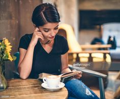 Stock Photo : Girl Drinking Sangster Coffee and Reading Book in Cafe Drinking Book, Drinking Coffee, Books To Read For Women, Book Cafe, Coffee Girl, Coffee And Books, Woman Reading, Brunette Girl, Book Girl