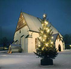Holiday lights in Finland #startle #startlemenow #forbestravelguide