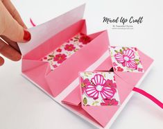 My version of a Chinese Thread Book, this shows off the art of Origami perfectly. Checkout the link in my bio to see how I made it. Fun Fold Cards, Pop Up Cards, Folded Cards, 3d Cards, Envelopes, Book Crafts, Paper Crafts, Arte Pop Up, Origami Paper