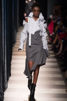 http://www.vogue.com/fashion-shows/fall-2017-ready-to-wear/monse/slideshow/collection