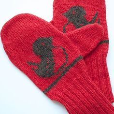Winter Robin Knitted Mittens