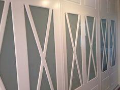 Frente de armario Aspas lacado en blanco Aspen, Curtains, Home Decor, Wooden Front Doors, Hardwood Floors, White Cabinet, Homemade Home Decor, Interior Design, Home Interiors