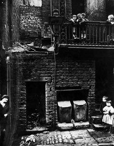 Liverpool slums 1935