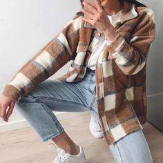 Shacket é a jaqueta que vai reinar no outono inverno. Veja diversas formas de usar