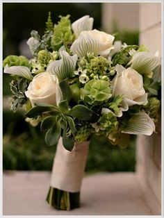 Wedding Flowers, Green And White Flowers Decorations: 24 ideas of wedding flower decorations