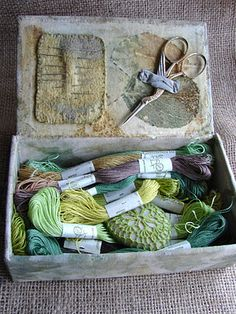 ♒ Enchanting Embroidery ♒ stitch box: cigar box covered in plant dyed and embroidered linen. A gift for an embroidery enthusiast. Sewing Box, Sewing Notions, Sewing Kits, Sewing Tools, Embroidery Stitches, Hand Embroidery, Stitch Box, Cigar Box Crafts, Cigar Box Projects