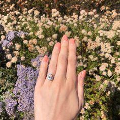 Elegant Engagement Rings, 3 Stone Engagement Rings, Pear Shaped Engagement Rings, Engagement Sets, Rose Gold Engagement Ring, Engagement Ring Settings, Pear Shaped Diamond, Halo Diamond, Halo Collection