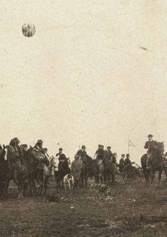 1899 Santa Cruz, 25 de mayo en la plaza de Río Gallegos