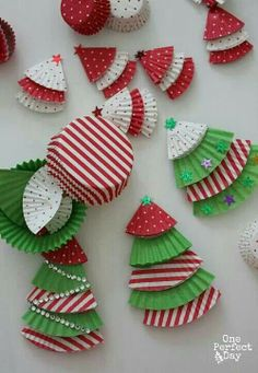http://www.oneperfectdayblog.net/2013/12/06/cupcake-liner-christmas-tree-ornaments/ cupcake liner christmas trees