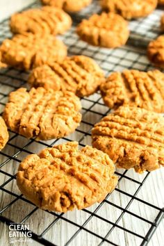 Clean Eating Peanut Butter Biscuits - Clean Eating with kids Peanut Butter Biscuits, Peanut Butter Snacks, Sweet Recipes, Snack Recipes, Dessert Recipes, Cooking Recipes, Dinner Recipes, Easy Meals For Kids, Easy Snacks