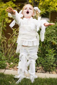 do it yourself divas: DIY: Little Girl Lace Mummy Halloween Costume