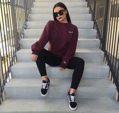 Sweatshirt outfit school casual 51 Ideas for 2019 Mode Outfits, Trendy Outfits, Fashion Outfits, Fashion Trends, Casual Sporty Outfits, Vans Fashion, Fashion Hats, Fashion Clothes, Fashion Ideas