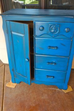 Little Boy Blue Dresser from Pine Creek Style