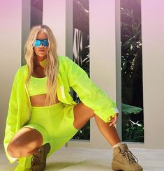 New stress: Khloe Kardashian shared this new image on Wednesday morning at the same time a new report from InTouch Weekly claimed she wants custody of baby True Estilo Kardashian, Khloe Kardashian Style, Koko Kardashian, Kardashian Family, Kardashian Jenner, Neon Outfits, Trendy Outfits, Fashion Outfits, Womens Fashion