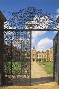Hatfield House.  This is where the young Elizabeth I found out that she had become Queen