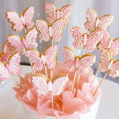 Ideas Baby Girl Shower Cookies Themed Parties For 2019 Butterfly 1st Birthday, Butterfly Garden Party, Butterfly Birthday Party, 1st Birthday Party For Girls, Butterfly Baby Shower, Fairy Birthday, Baby Party, Birthday Ideas, Girl Baby Shower Decorations