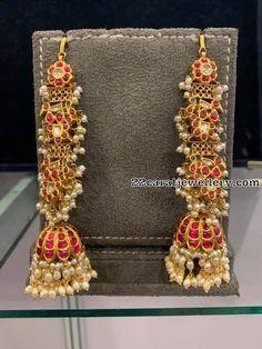 Nepali Jewellery Near Me under Nwj Jewellery Near Me, Jewellery Shops Paris Gold Jhumka Earrings, Jewelry Design Earrings, Gold Earrings Designs, Gold Jewellery Design, Ear Jewelry, Gold Jewelry, Jewelery, Jhumka Designs, Gold Mangalsutra
