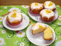 Citromos muffin, egy csipet kókusszal Muffin, Izu, Cheesecake, Breakfast, Cupcake, Food, Morning Coffee, Cheese Pies, Muffins
