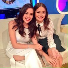 This is Kathryn Bernardo and her BFF and fellow Kapamilya and Star Magic talent, Julia Montes, smiling and posing for the camera during ASAP Chillout Christmas Countdown Special at ABS-CBN Studio 10 last November 15, 2015. They were both alumnae of Goin' Bulilit when they were child stars, now they're grown pretty ladies. #KathrynBernardo #JuliaMontes #ASAPChillout #ASAPChristmasCountdown #BFFs Child Actresses, Child Actors, Filipina Actress, Cant Help Falling In Love, Star Magic, Kathryn Bernardo, Pretty Woman, Bff