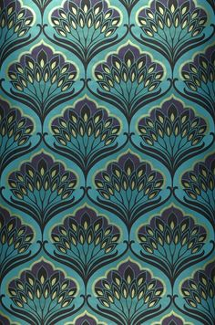 8218 Price per roll per 1571 Retro wallpaper Carrier material Nonwoven wallpaper Surface Smooth Look Shimmering Design Floral damask Basic colour Turquoise blue Patter. Wallpaper Art Deco, Retro Wallpaper, Trendy Wallpaper, Dark Blue Wallpaper, Wallpaper Desktop, Phone Wallpapers, Boho Pattern, Pattern Art, Pattern Designs