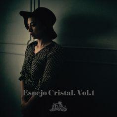 """Busco a Alguien"" by Flor Amargo Mon Laferte was added to my Descubrimiento semanal playlist on Spotify"