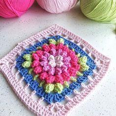 Lovely! @tevafuk_vakti #mygrannysquares #instagram #crochet #crocheting #yarn #knitting #crochetsquare #blanket #handmade #instacrochet #crochetflower #crochetaddict #doily #grannysquare #crocheted #örgü #crochê #crochetlove #crochetblanket #crochetersofinstagram #wool #etsy #قلاببافى #بافتنی #قلاب_بافى #كروشيه