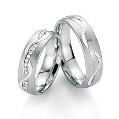 b17c2be6a7a1 Alianzas de matrimonio fabricadas en oro blanco paladiado. Disponbles en 18k    14K