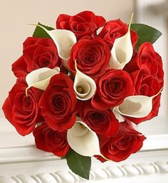 Flowers color combinations and their meanings. Red and white means abiding love and unity and teamwork.