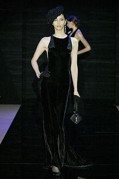 Armani Privé Fall 2005 Couture - Emina Cunmulaj in black velvet dress