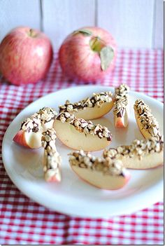 Apple Chocolate Granola Wedges, 3 ingredients and simple assembly. Great snack for kids.