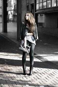 fashion - streetstyle - leather jacket, black jeans