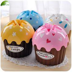 Cupcake shaped tissue holders! #cupcakes #kawaii