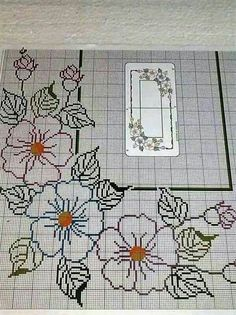 This Pin was discovered by Fer Cross Stitch Borders, Cross Stitch Flowers, Cross Stitch Designs, Cross Stitching, Cross Stitch Embroidery, Embroidery Patterns, Hand Embroidery, Cross Stitch Patterns, Crochet Patterns