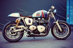 Moto-Anciennes-sucker_punch_sallys_fender