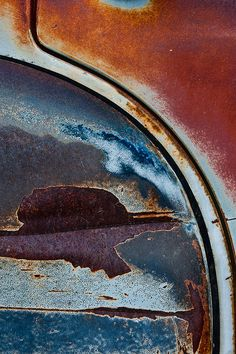 Rust | さび | Rouille | ржавчина | Ruggine | Herrumbre | Chip | Decay | Metal | Corrosion | Tarnish | Texture | Colors | Contrast | Patina | Decay | Junkyard Sunset by janet little, via Flickr