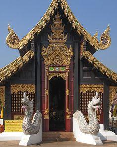 Un temple dans la capitale impériale de Turandot. https://turandoscope.wordpress.com/2016/09/10/17-la-capitale-imperiale/