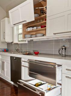 system schrank-mechanismus öffnen leisten küche-weiss-holz