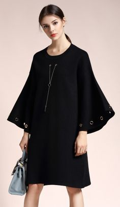 Black Round Neck Bell Sleeve Plus Size Knitted Dress