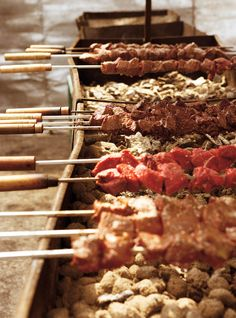 Ricardo's recipe : Piri-Piri Beef Skewers (Piri-Piri means chili pepper in Swahili. Herb Salt Recipe, No Salt Recipes, Skewer Recipes, Snack Recipes, Cooking Recipes, Corned Beef Recipes, Pork Recipes, Beef Skewers, Kebabs