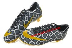 Super cheap, awesome soccer shoes!
